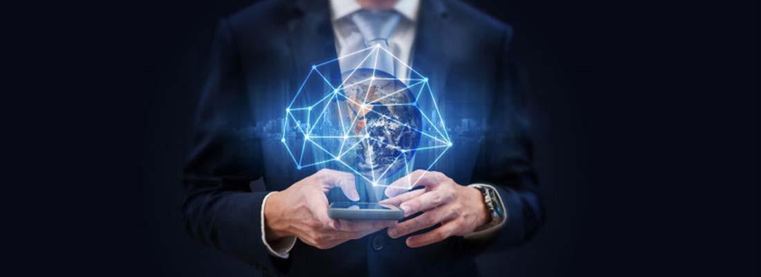 Teknoloji alanında önde gelen isimlerin sektör hakkındaki bilgilere detaylı bir şekilde ulaşmasını sağlayan sanal bilişim fuarları ile alandaki her şey anlatılıyor.